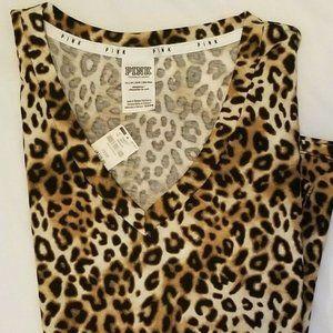Victoria Secret leopard pink t-shirt v neck xs